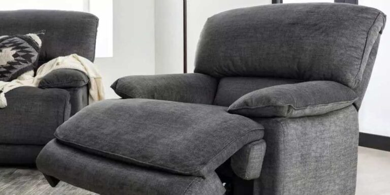 Best Recliners for Tall People in 2021